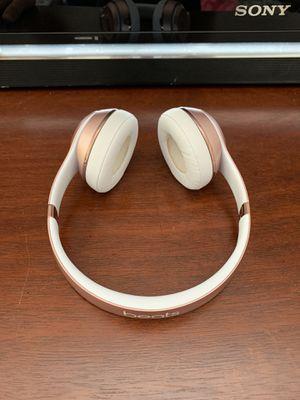 Beats solo 3 headphones 75$ obo for Sale in Virginia Beach, VA