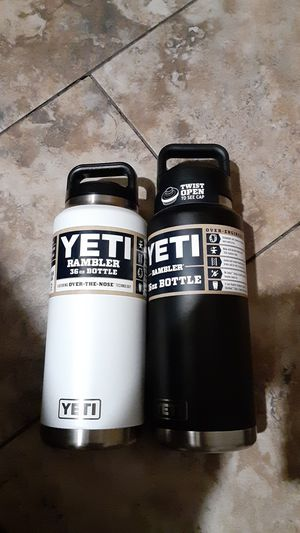 Yetti Rambler 36oz bottle (2) for Sale in Mesa, AZ