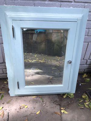 Antique Medicine Cabinet 24x34 for Sale in Fairburn, GA