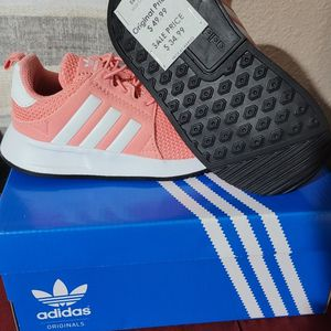 New Adidas Size 7k for Sale in Nellis Air Force Base, NV