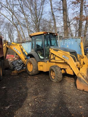 2001 John Deere 410 Backhoe Loader w/ extender hoe for Sale in Florham Park, NJ