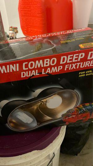 Reptile lamp for Sale in Temecula, CA