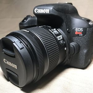 $650 Canon T7I Touchscreen (like New) for Sale in Brooklyn, NY