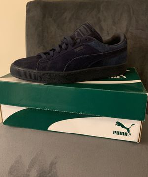 Woman Puma Sneakers - Size 9 for Sale in Washington, DC