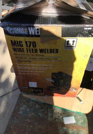 Welder220v for Sale in Modesto, CA