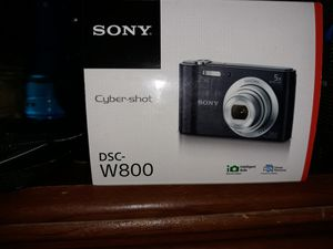 SONY CYBER-SHOT DSC-W800 20.1MP DIGITAL CAMERA 5X OPTICAL ZOOM SILVER for Sale in The Bronx, NY