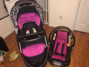 Baby stroller, car seat, and car base for Sale in Louisburg, NC