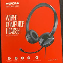 Computer Head Set With Noise Cancelling for Sale in Aurora,  IL