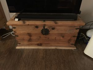 Wooden trunk for Sale in San Mateo, CA