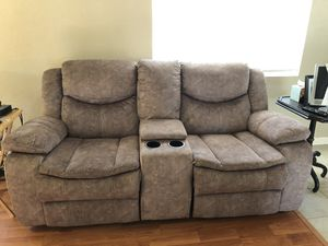 Brown Recliner couch with cupholders for Sale in San Jose, CA