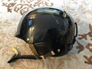 Giro revolver S275 women's ski / snowboarding / power sports helmet size L 59-62.5 cm used 3 times for Sale in Issaquah, WA