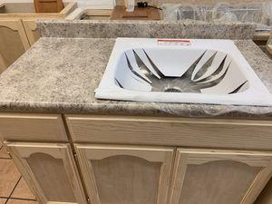 Base 4ft kitchen cabinets for Sale in Manhattan Beach, CA