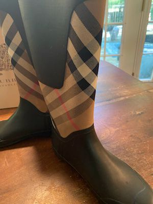 Size 8 women Burberry boots for Sale in Raleigh, NC
