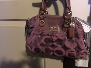 Coach Madison Sabrina OP ART amethyst Jacquard Rare ladies Purple Authentic. It has been years but there's barely any where in tear very good condit for Sale in Spring, TX