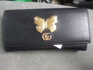 Gucci womens wallet for Sale in Portland, OR