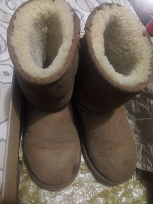 Girls UGG boots size 1 for Sale in Detroit, MI