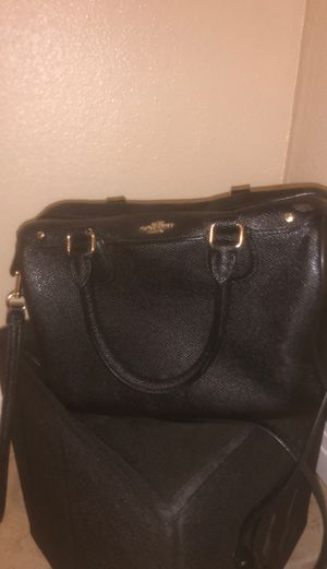 Coach purse with strap for Sale in Irwindale, CA