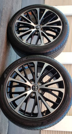 Rims 18 5 lugs Toyota camry 2019 for Sale in South Gate, CA