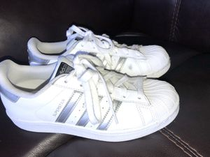 women's adidas shoes for Sale in Roseville, MI