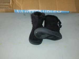 Girl boots for Sale in Vero Beach, FL
