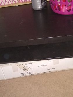 Nice Size Coffee Table With Extra Space Below for Sale in Columbus,  OH