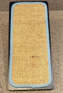 Small Cat Scratcher for Sale in Sloan,  NV