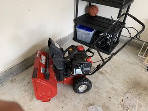Craftsman 22 inch clearing width snow blower .. barely used for Sale in Bristow, VA
