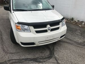 2009 DODGE GRAND CARAVAN STOW&GO for Sale in Parma, OH