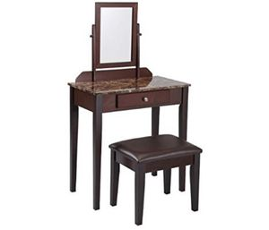 Beauty Makeup Vanity for Sale in Moreno Valley, CA