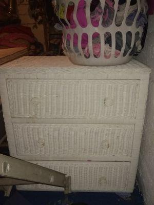 3 piece wicker dresser set for Sale in Columbus, OH