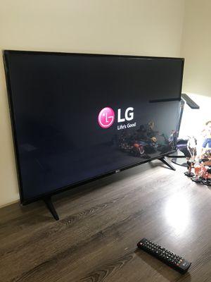 "LG LED TV 43"" 2017 for Sale in Big Rapids, MI"