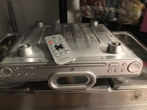 Digital Under the counter am/fm CD radio with remote for Sale in Dunedin, FL
