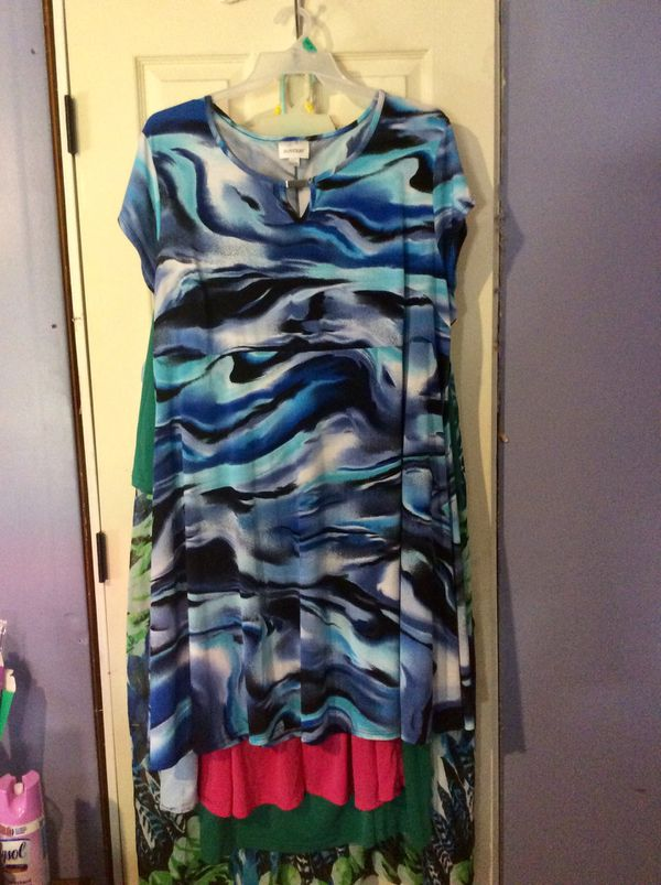 Plus Size Dresses/Size 10 shoes