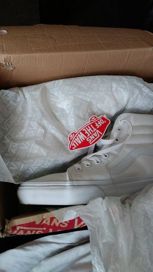 Vans Sk8-Hi True White Size 7.5 for Sale in Los Angeles, CA