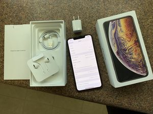 New iPhone XS Max gold Verizon for Sale in Falls Church, VA