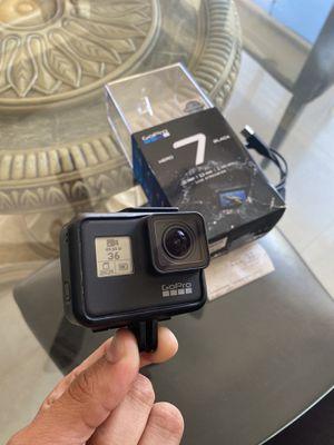 Gopro Hero 7 Black Like new 128 gb Sd for Sale in Miami Gardens, FL