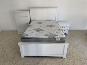 Bed size Full, night stand, dresser for Sale in Phoenix, AZ