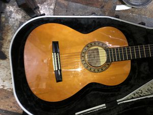 Acoustic guitar 3/4 for Sale in New York, NY