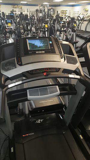 "Nordictrack elite 7700 treadmill w 10"" touchscreen! for Sale in Glendale, AZ"