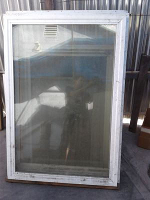 """Two windows 60""""x42"""" for Sale in Compton, CA"""