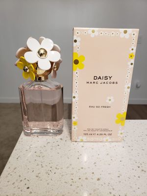 Daisy Marc Jacobs for Sale in San Diego, CA