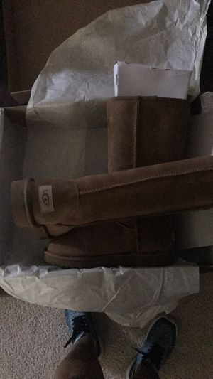 Size7 tall chestnut UGG boots never worn!! for Sale in Mount Laurel Township, NJ
