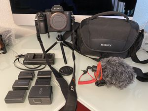 Sony A7S ii w/ combo package and more for Sale in Alta Loma, CA