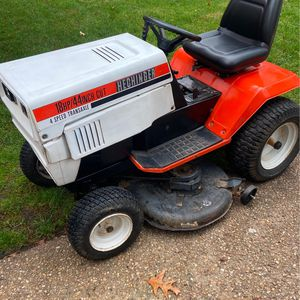 18hp Hechinger/MTD Lawn Tractor for Sale in Chesapeake, VA