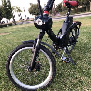 "Italy 🇮🇹 Style "" SOLEX "" Electric Folding bicycle E- Bike for Sale in Fresno, CA"