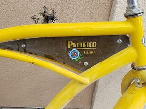 Pacifico beach cruiser for Sale in Modesto, CA