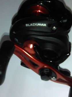 Abu Garcia BlackMax Low Pro Fishing Reel for Sale in Las Vegas,  NV
