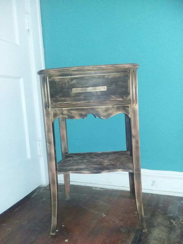 Side table / decor