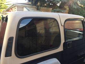 2002 Jeep Wrangler two piece hardtop for Sale in Chicago, IL