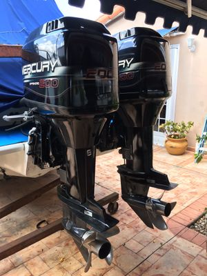 Twin Mercury 200hp Offshore ONLY BUY ENGINES YOU CAN SEA TRIAL for Sale in Hialeah, FL